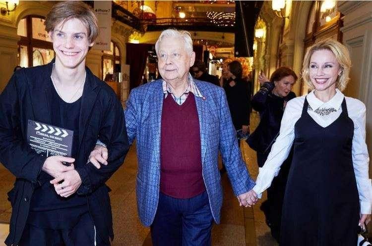 «Зудина лишила всего». Как живет и выглядит сейчас 82-летняя первая жена Табакова